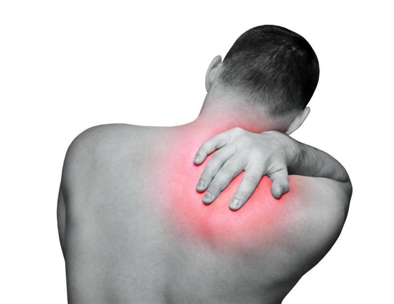 Боль в правой лопатке со спины