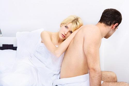 Боли внизу живота при хламидиозе у мужчин